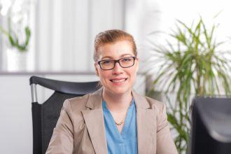Frauke Hackauf, Kaufmännische Angestellte, Erkelenz